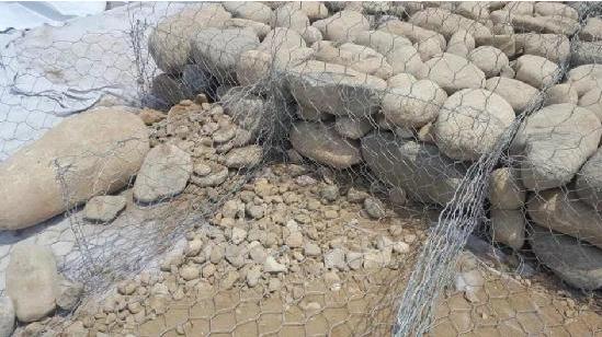黄骅格宾石笼施工应用于潼南县城区防洪护岸三期工程